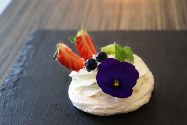 Pavlova dezert
